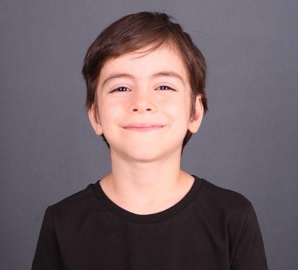 Mustafa Konak Fatma'nın oğlu